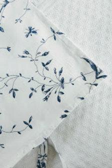 Ikea Alvine Bukett Standard Case~White Navy Floral