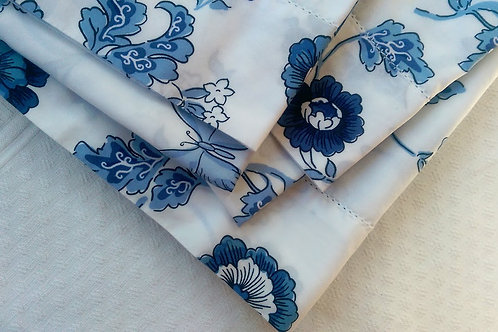 LL Bean White/Blue Floral Full Flat Sheet/Two Cases