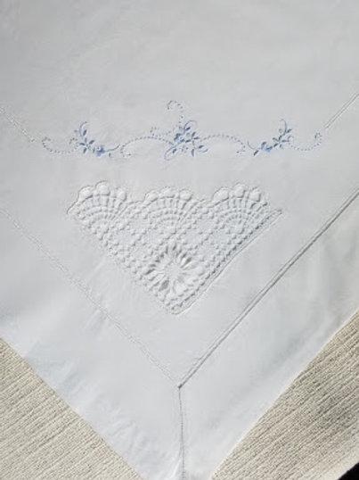 Vintage Twin Sheet Crochet Fans White Blue Embroidery