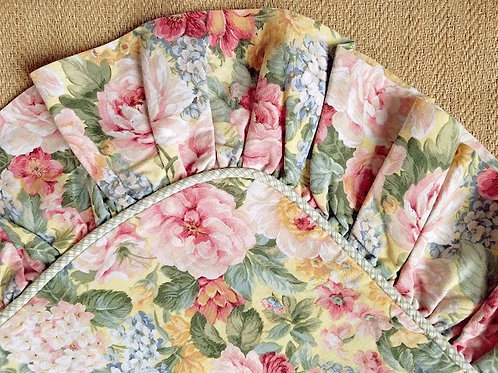 Croscill Sham~King Size~Cottage Floral~Ruffle~Piping