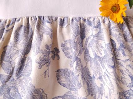 Waverly Garden Blue Floral Toile Bed Skirt Queen 15 Drop