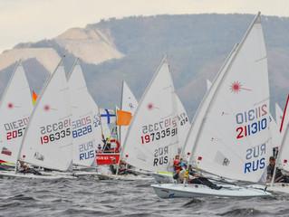 Чемпионат и первенство России в национальных и международных классах яхт.