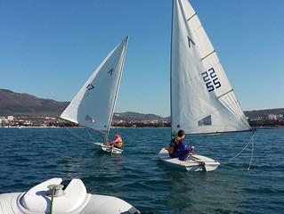 Студенты яхтсмены вышли на воду Черного моря!