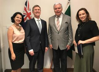 Novo embaixador da Nova Zelândia no Brasil ressalta sucesso de fazenda neozelandesa em Goiás