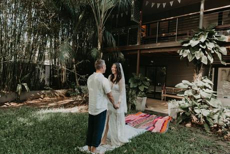 byron wedding Tropical Romance & Co. (17