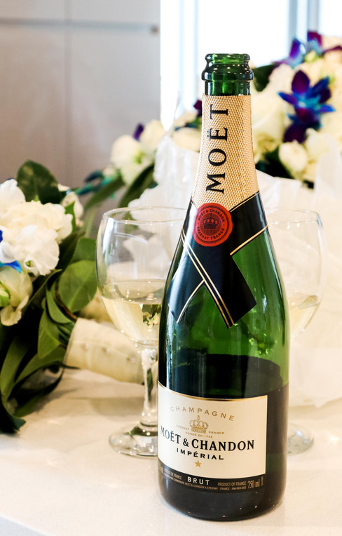 Wedding_champagne1.jpg