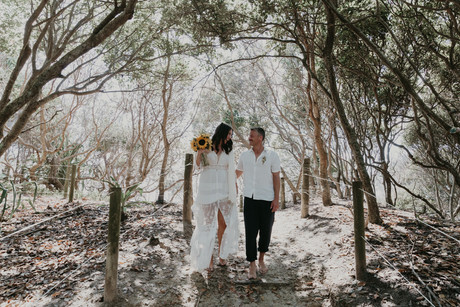 byron wedding Tropical Romance & Co. (28