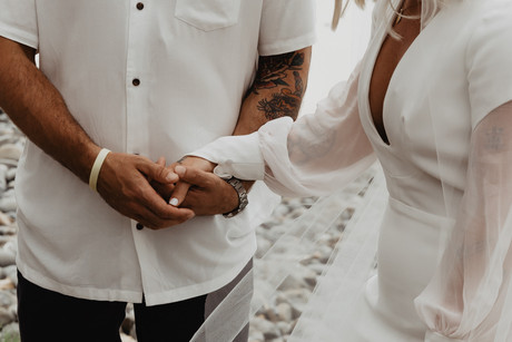 cj wategos byron bay elopement (30 of 64