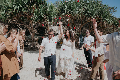 byron wedding Tropical Romance & Co. (26
