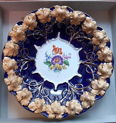 Meissen Prunkteller - kobaltblau mit Goldblätter