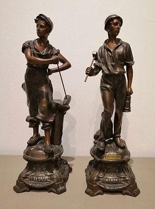 Bergmann & Schmied / 2 Statuen