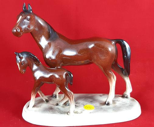 Pferd mit Fohlen - Porzellan