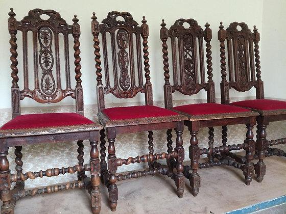4 antike Stühle - Motiv Eichenblätter