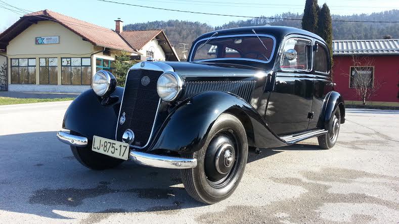 Oldtimer-cars.jpg