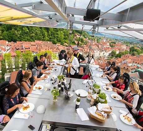dinner-in-the-sky-Ljubljana.jpg