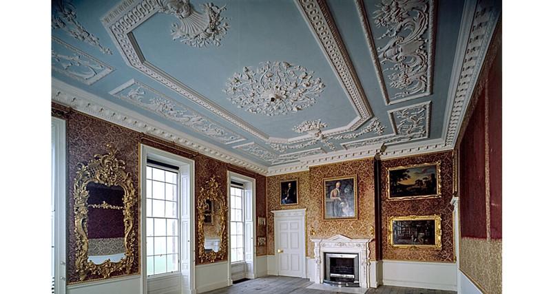 drawing room.JPEG