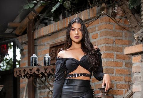 Blusa Bandeja Entorchada con Correa