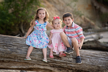 family children kids babies moms portraits photos photography portraiture families williamsburg virginia love snapped photography newborn birth