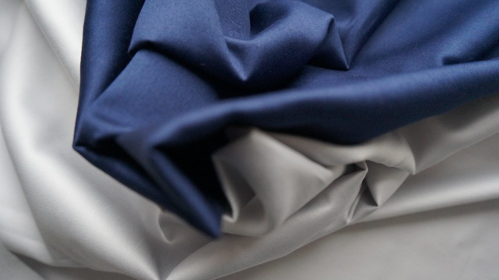 Синее с серым