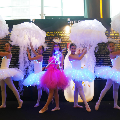 Ballerinas LED Jellyfish .jpg
