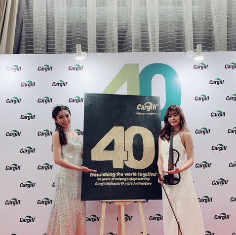 Malaysia Speed glitter painting Pinky Lo