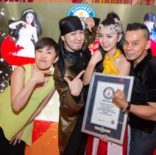 Mark & Pinky Malaysia Magician - guinnes