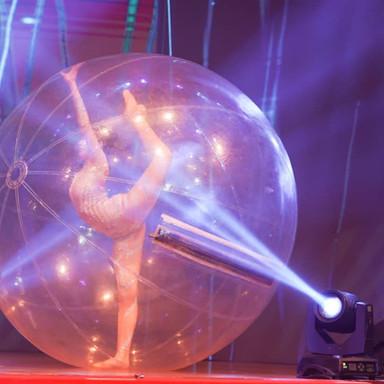 bubble acrobat2.jpeg