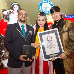 guinness world record - Mark & Pinky.jpg