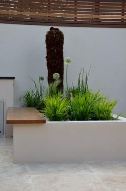 modern garden design outdoor room with kitchen seating  barnes islington
