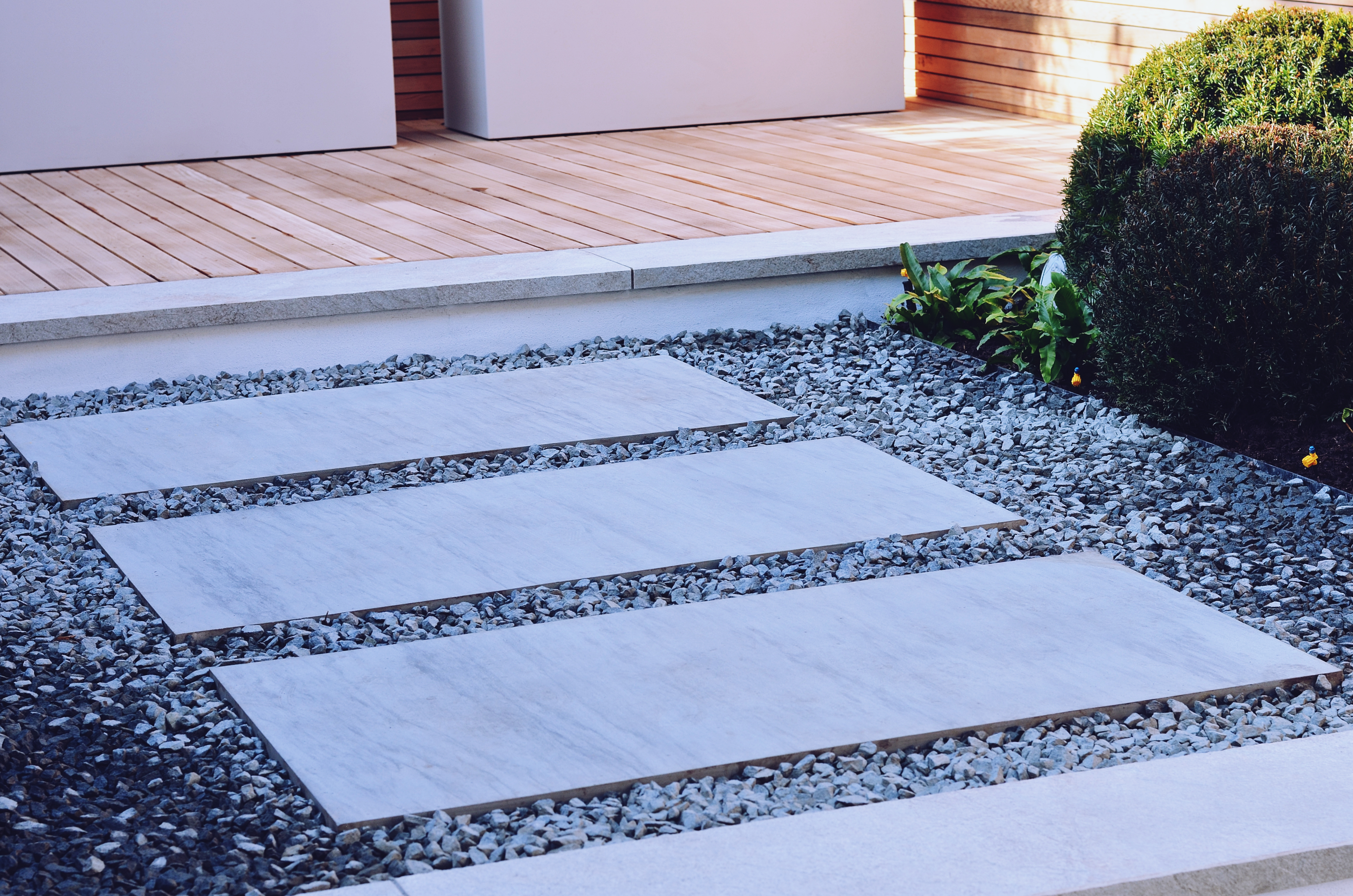 Garden builders Anewgarden Modern contemporary style London grey yorkstone