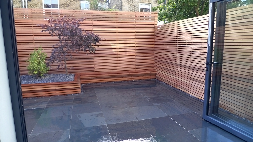 cedar privacy screen slatted timber trellis London