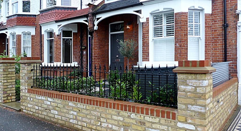 Merveilleux Designer | Greater London | Anewgarden | Victorian Front Garden Design  London Stock Brick Wall And Rail.