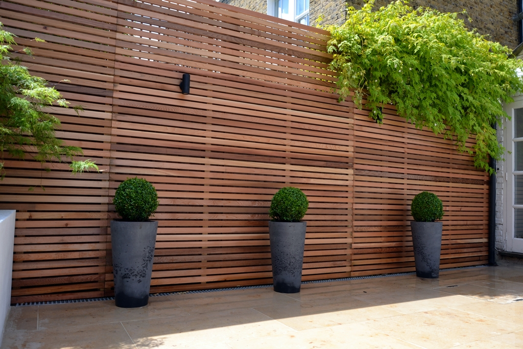 cedar-screen-privacy-chelsea-trellis-batten-wood-timber