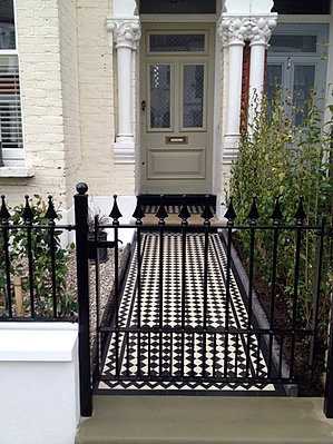 Designer | Greater London | Anewgarden | Rail and Gate