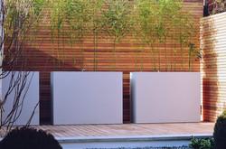 Garden builders Anewgarden Modern contemporary style London cedar screen and planters