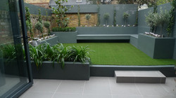 small courtyard garden design designer balham clapham battersea docklands fulham chelsea london