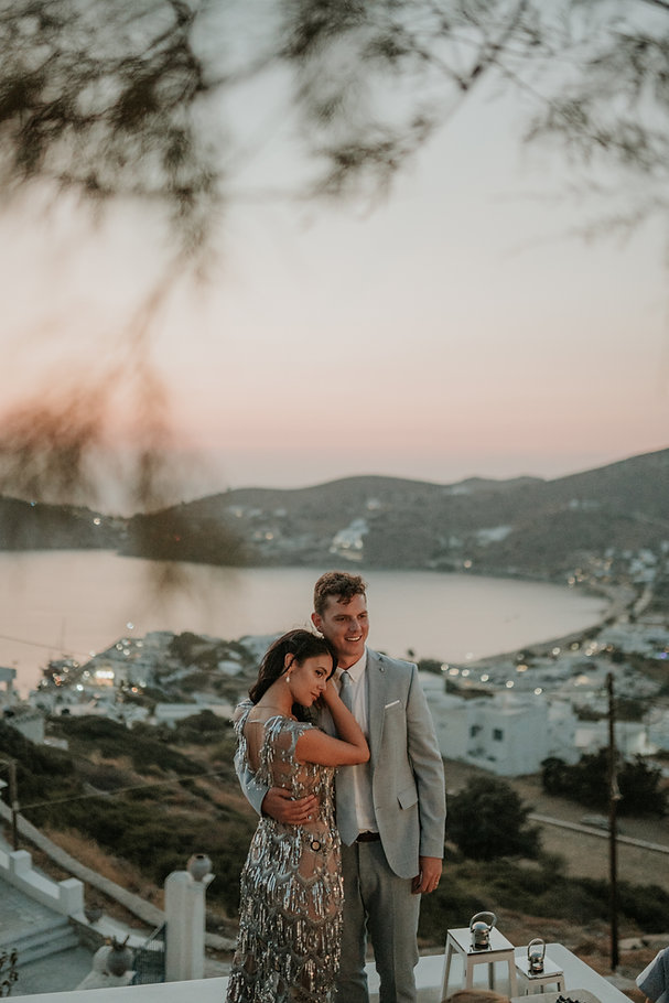 Ios Love Stories Iris and Kieryn with sunset backdrop