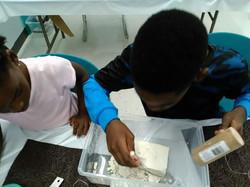 Gemstones & Crystals workshops for kids!Digging for stones!