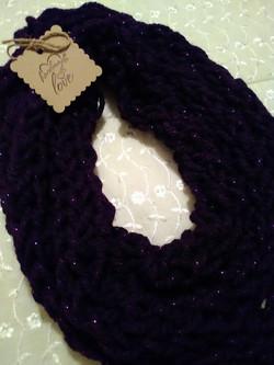 Finger knitting scaves