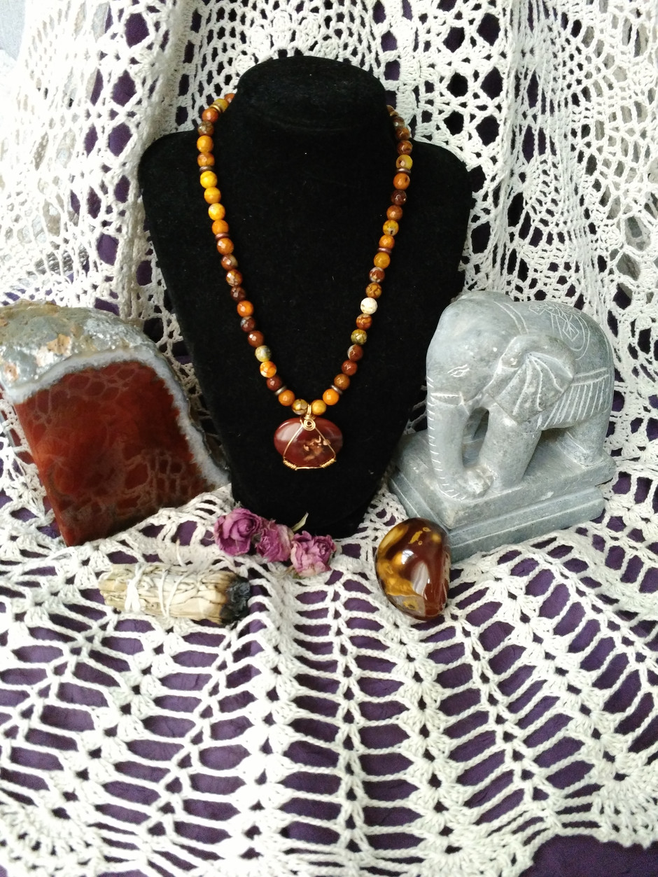 Gemstones workshops teach kids and adults everything about gemstones and jewelry making! June 18th t