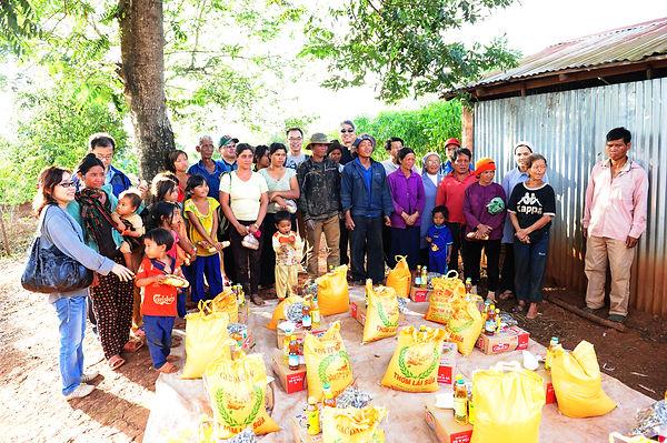 베트남 지원방문 (2012년).JPG