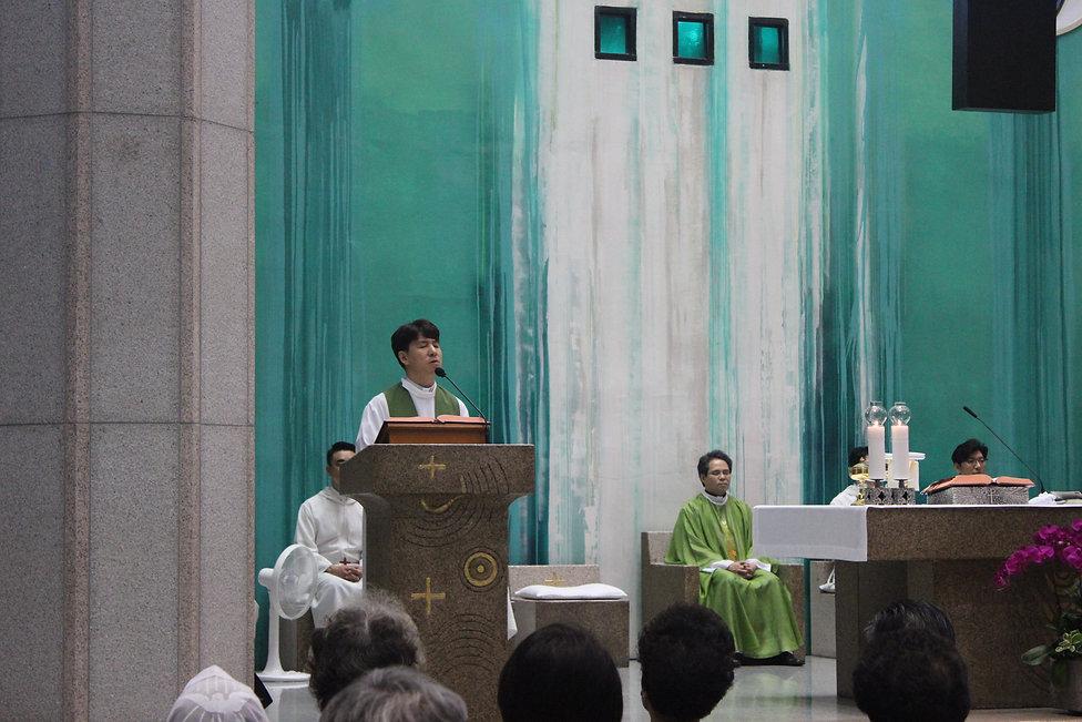 2018년 한영기 바오로 원장신부님의 평촌성당 후원회모집 미사.JPG