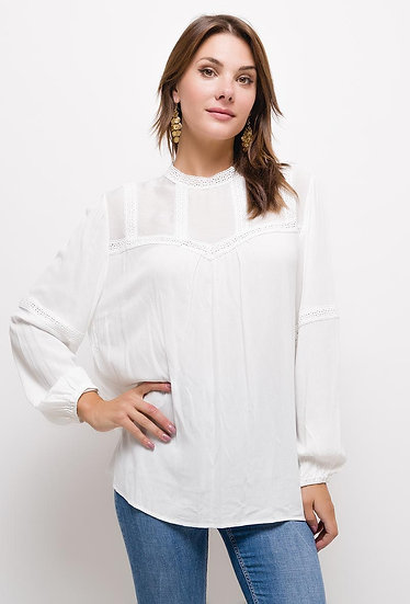 Blouse   AniBags   top   dentelle   manches longues   broderie