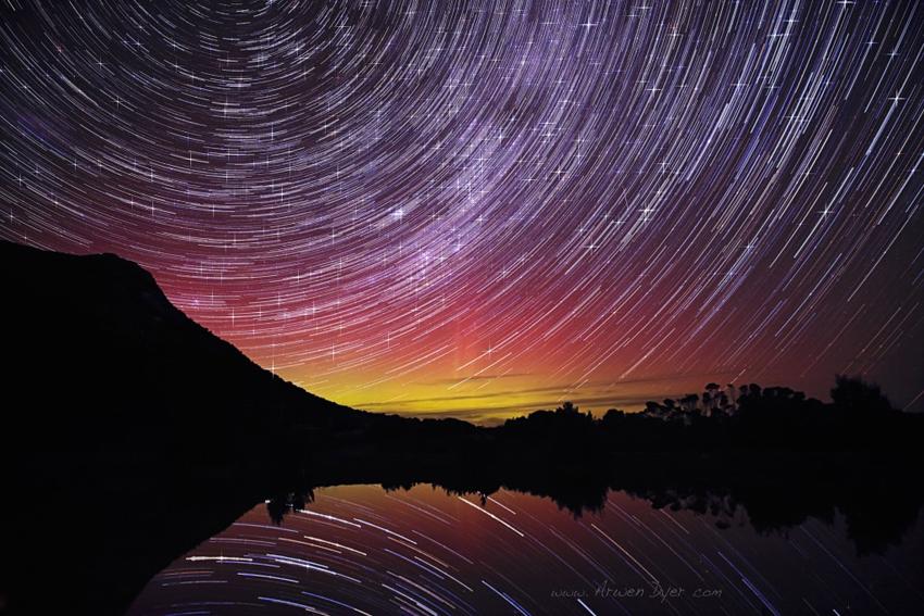 Aurora-Star-Trail-Locotta-Flinders-Island-Tasmania-by-Arwen-Dyer-1024x683