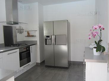 rénovation et home staging d'une cuisine dans une maison au cap ferret réalisé par Anglerot Marine décoratrice