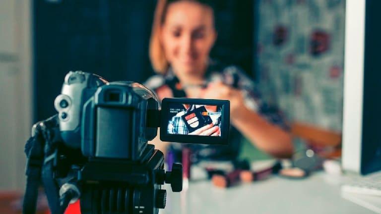 Сколько зарабатывает видеоблогер