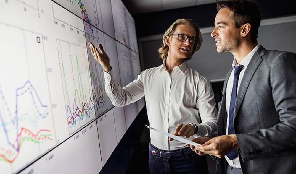 Сколько зарабатывают в интернете бизнес - аналитики