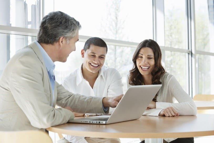 Зарабатывать в интернете в качестве финансового консультанта