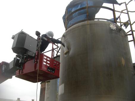 岩手県宮古市でFRPタンクの修繕を行いました