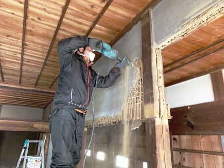 青森県八戸市南郷区でリフォーム現場の内装解体を行いました